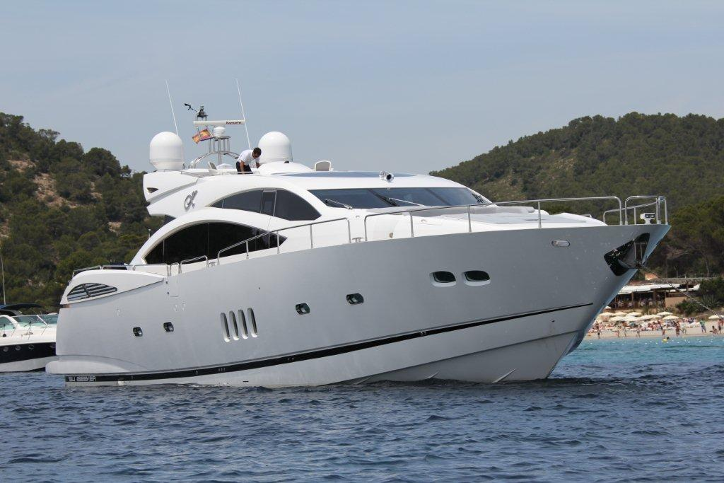 Sunseeker 96ft.