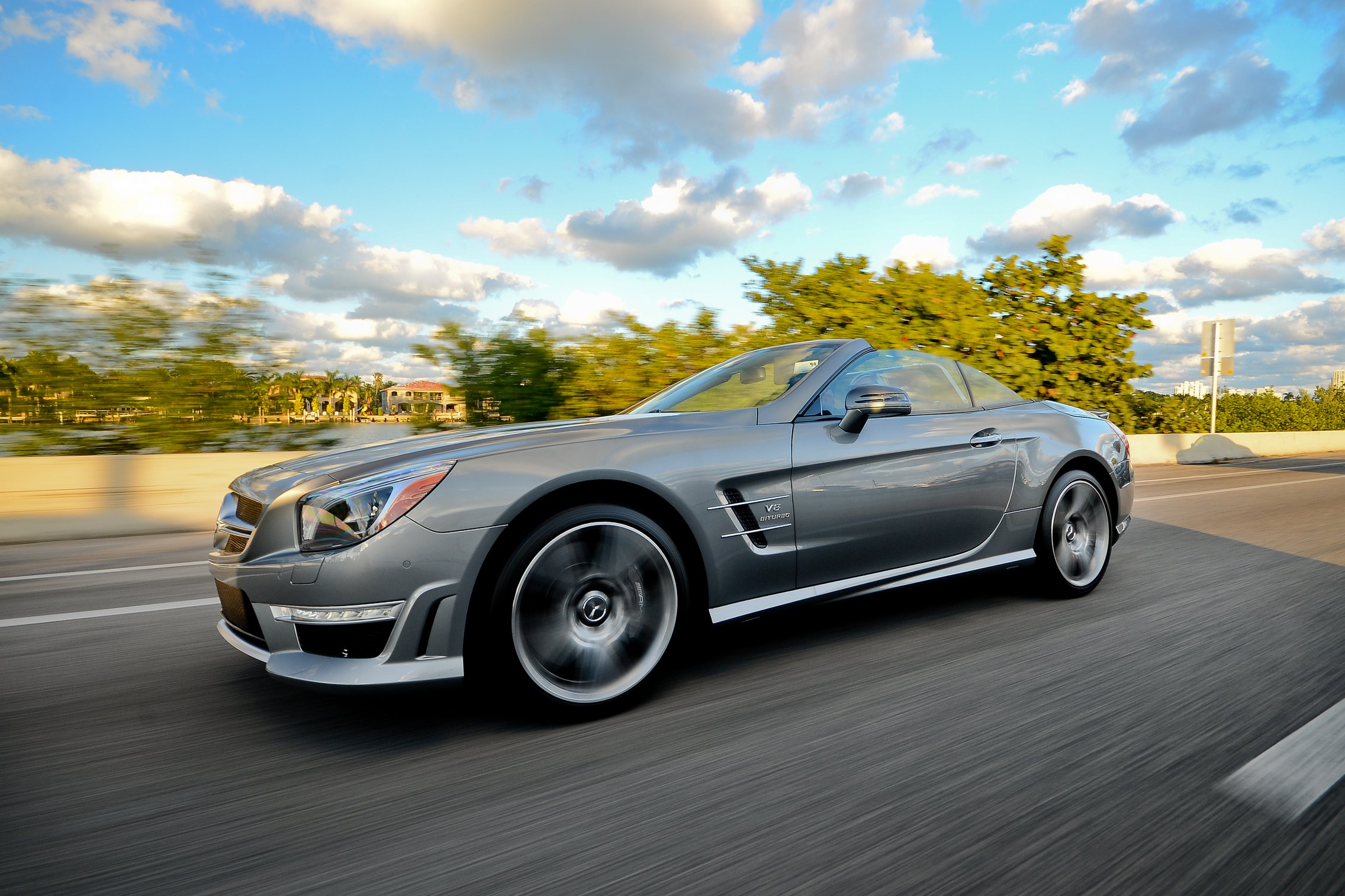 Mercedes benz sl 550 rentals rent a mercedes benz sl 550 for Mercedes benz service miami