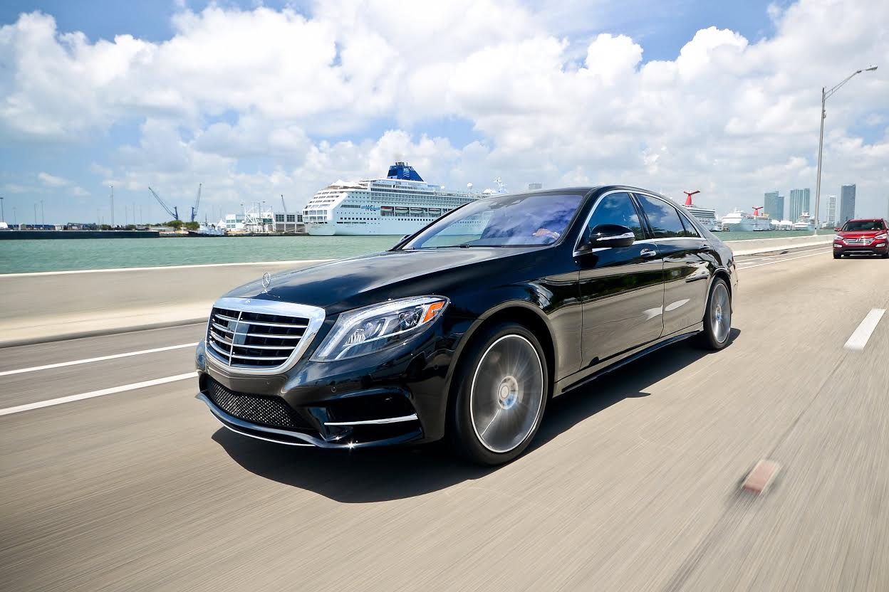 Mercedes benz s 550 rentals rent a mercedes benz s 550 in for Mercedes benz service miami