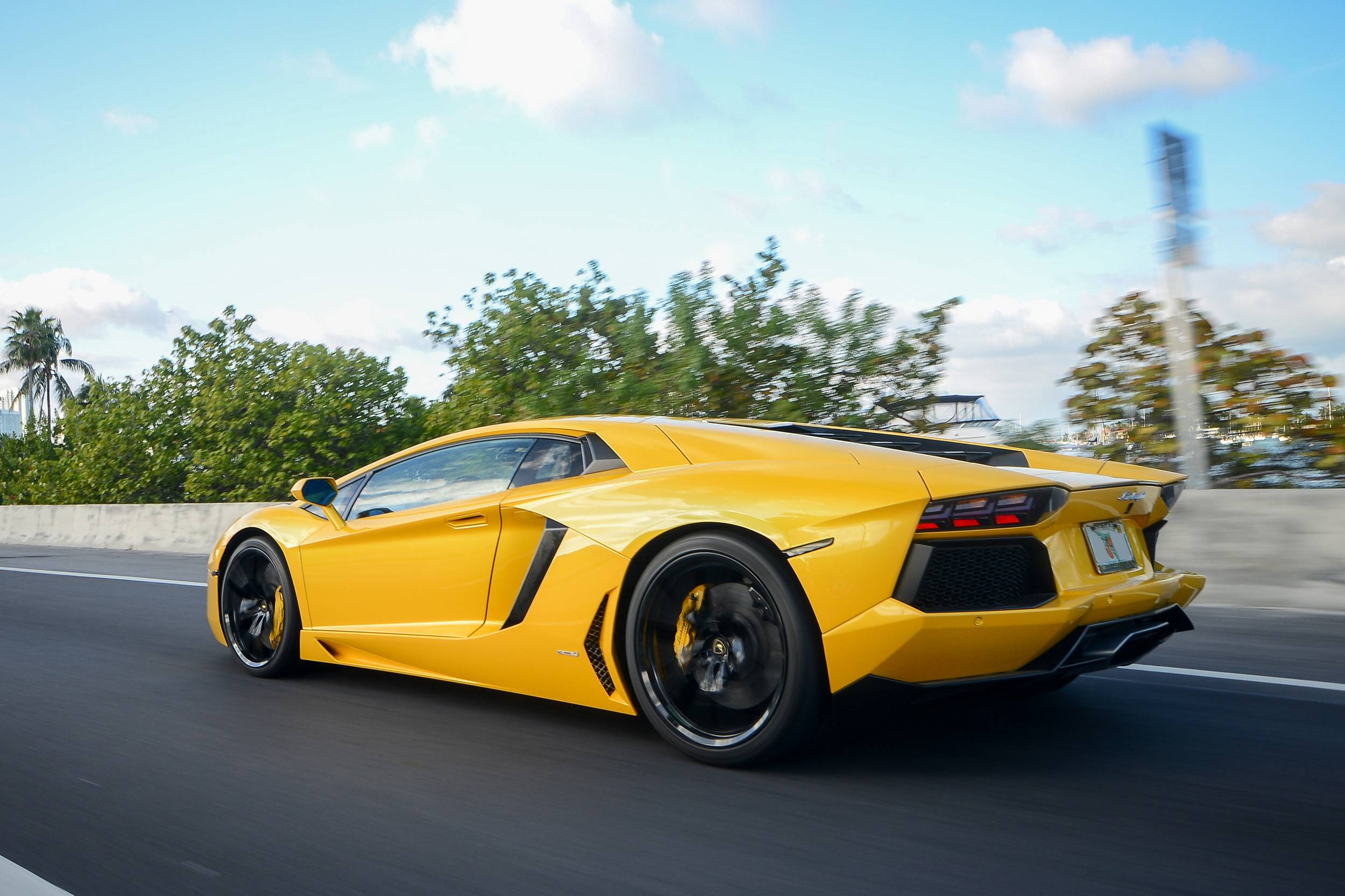the los rent successor gallardo spyder is in lamborghini aventador rentals baby that angeles don you flagship current a rental for exotic miami img fool brother t let but carbon to huracan